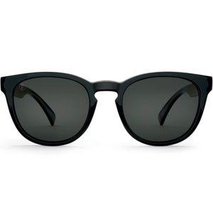 NWOT Kaenon Strand Polarized SR 91 Sunglasses